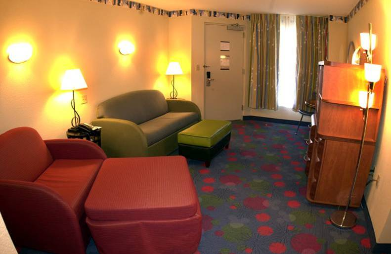 Disney S All Star Music Resort Family Suites