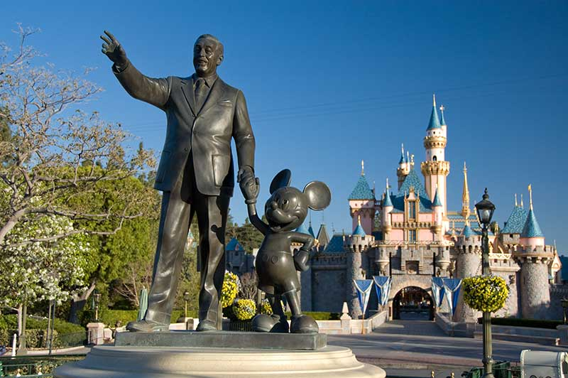 10 Tips For a Magical Disneyland Vacation